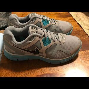 Women's Nike Lunarglide running shoes size 8